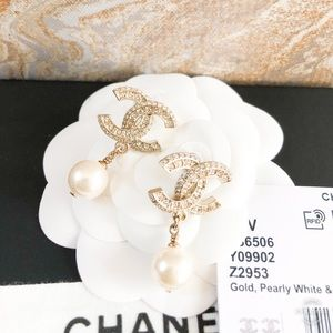 New! Chanel CC Gold Crystal Pearl Drop Earrings